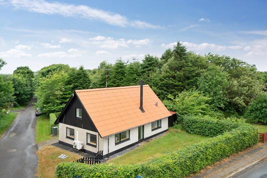 Villa på Villerslevvej i Bedsted Thy - Set fra vejen