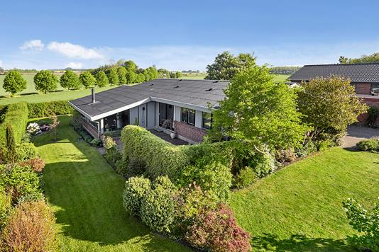 Villa på Elsdyrvej i Tørring - Ejendommen