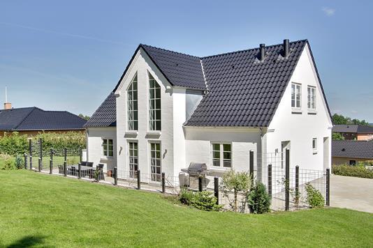 Villa på Skovparken i Give - Hus
