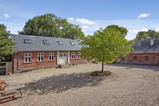 Villa på Horsensvej i Uldum - Ejendommen