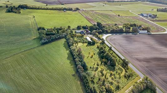 Landejendom på Uldum Hedevej i Uldum - Område