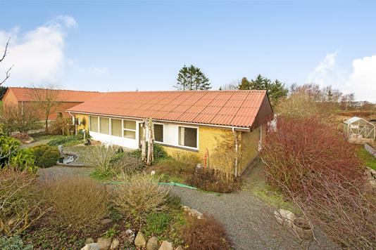 Villa på Bøgballevej i Uldum - Ejendommen