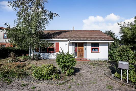 Villa på Skolevej i Tørring - Ejendommen