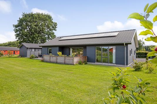 Villa på Uldumvej i Tørring - Ejendommen