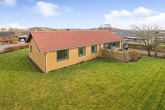 Villa på Cikorievej i Rask Mølle - Ejendommen