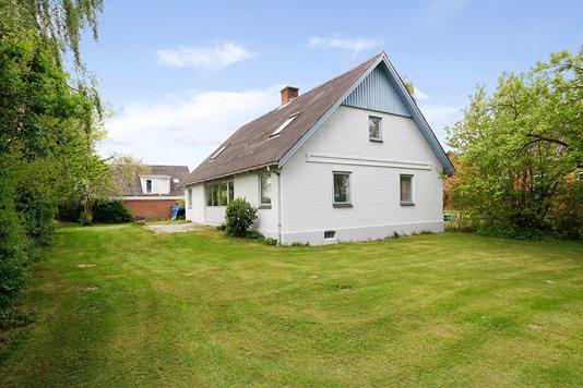 Villa på Kalhavevej i Uldum - Ejendommen