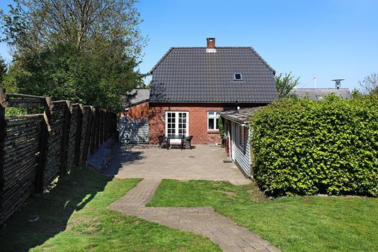Villa på Ølholm Bygade i Tørring - Ejendommen