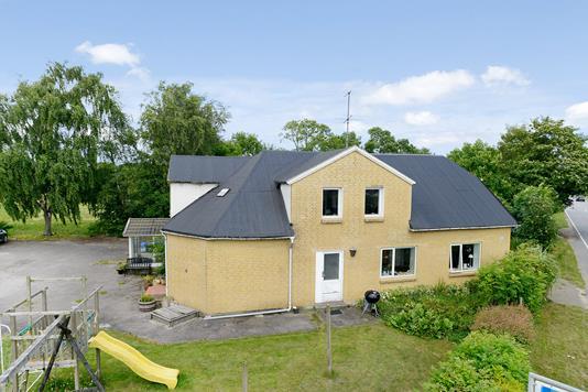Villa på Kalhavevej i Uldum - Mastefoto