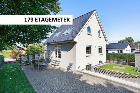 Villa på J P Nielsens Vej i Tørring - Andet