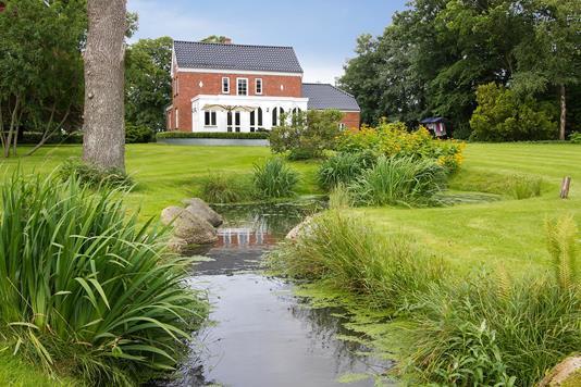 Villa på Honumvej i Rask Mølle - Facade havesiden