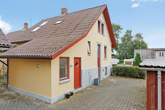Villa på Borgergade i Tørring - Ejendommen