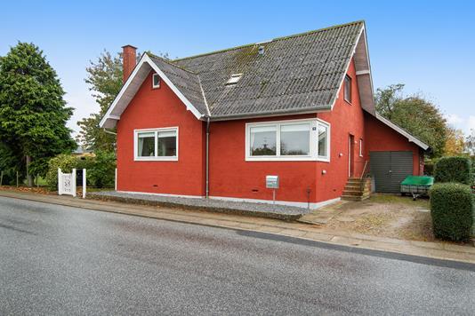 Villa på Søndermarksvej i Tjele - Ejendommen