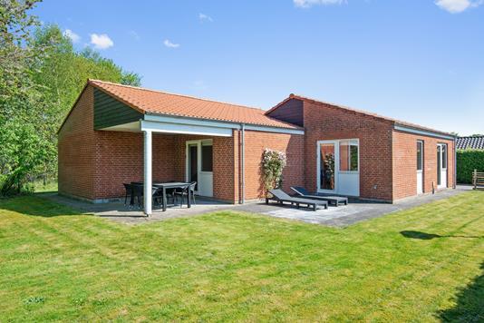 Villa på Hvidkløvervej i Tjele - Ejendommen