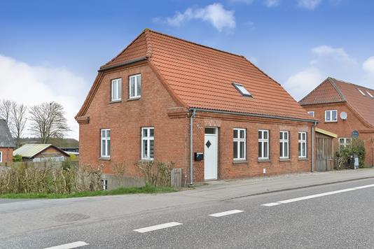 Villa på Østergade i Tjele - Ejendommen