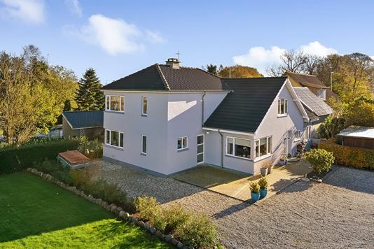 Villa på Viborgvej i Tjele - Ejendommen