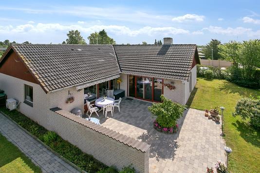 Villa på Lindeengen i Skovlunde - Set fra haven