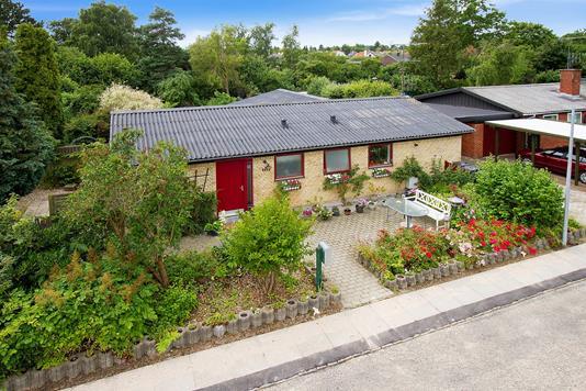 Villa på Vibyvej i Skovlunde - Ejendommen