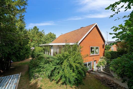 Villa på Jyttevej i Skovlunde - Set fra haven