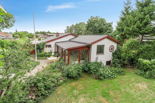 Villa på Ravnsletvej i Skovlunde - Set fra haven