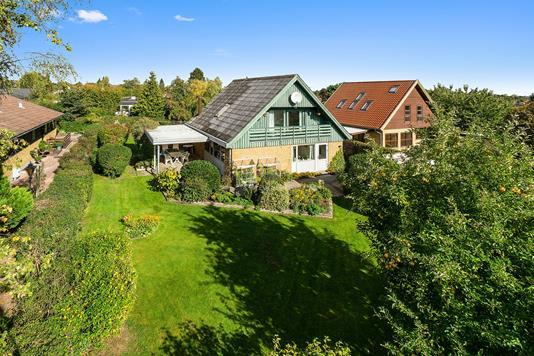 Villa på Toftholmvænget i Skovlunde - Set fra haven