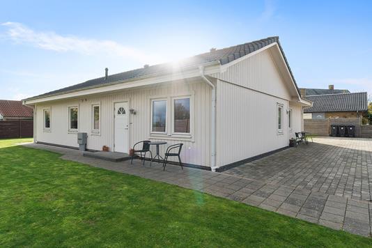 Villa på Ved Hanevad i Skovlunde - Set fra haven