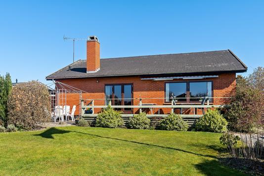 Villa på Bakkehøj i Skovlunde - Set fra haven