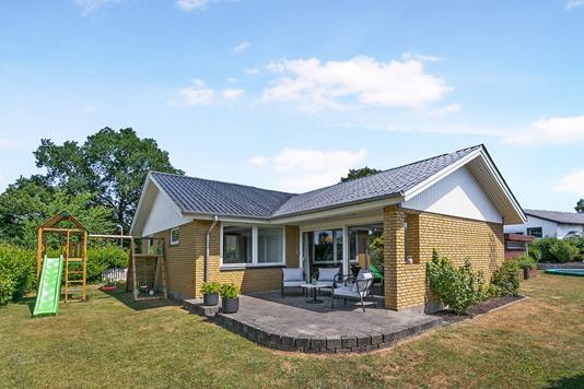 Villa på Drosselvej i Børkop - Ejendom 1