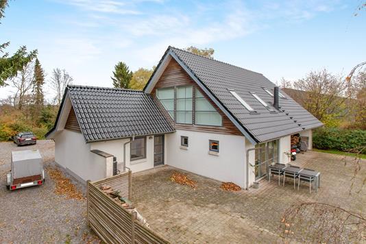 Villa på Elbækvej i Børkop - Ejendom 1