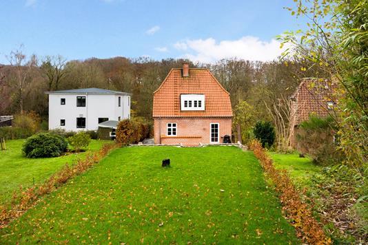 Villa på Stationsvej i Børkop - Ejendom 1