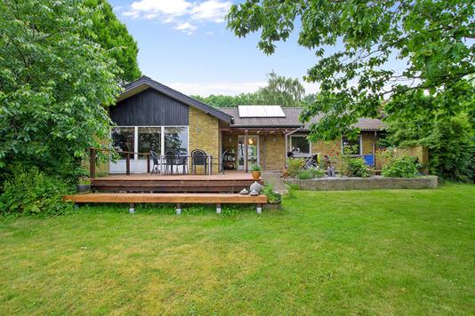 Villa på Mølletoften i Børkop - Set fra haven