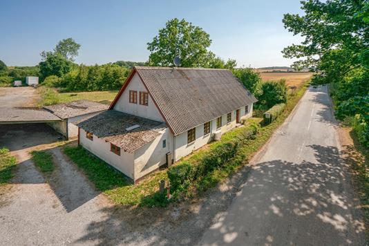Villa på Magtenbøllevej i Vissenbjerg - Ejendommen