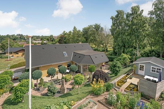 Villa på Spurvevænget i Aarup - Ejendommen