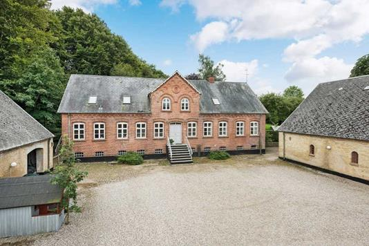 Landejendom på Bredgade i Vissenbjerg - Ejendommen
