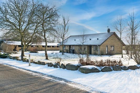 Landejendom på Lindebjerg i Aarup - Ejendommen