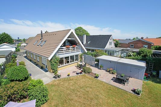 Villa på Solimanvej i Kastrup - Mastefoto