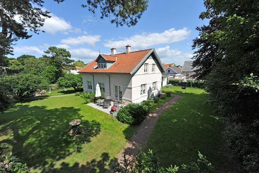 Villa på Birkevej i Hornbæk - Ejendommen