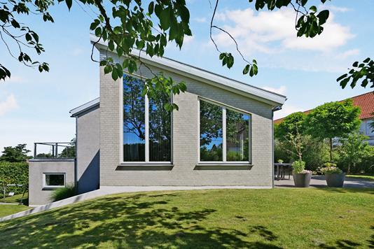 Villa på Bretagnevej i Hornbæk - Ejendom 1
