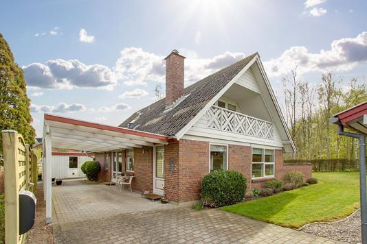 Villa på Søndergade i Låsby - Ejendommen
