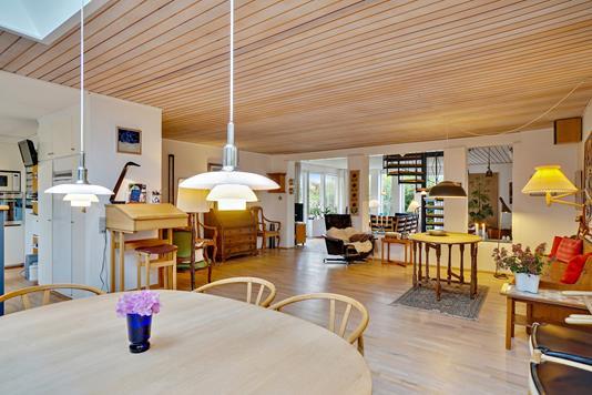 Villa på Florasvej i Harlev J - Alrum