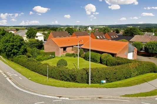 Villa på Østergårdsvej i Galten - Ejendommen