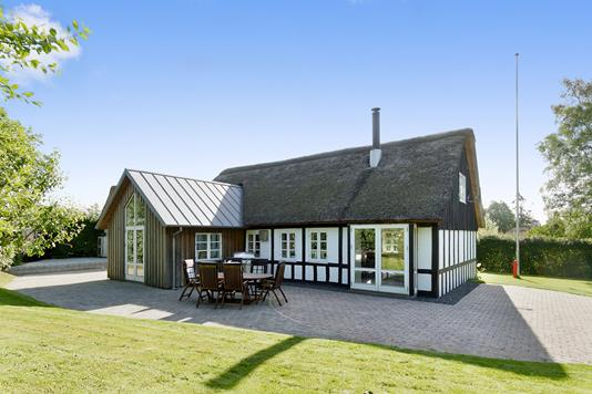 Villa på Farrevej i Galten - Set fra haven