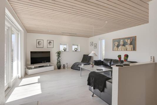 Villa på Hirsevænget i Galten - Stue