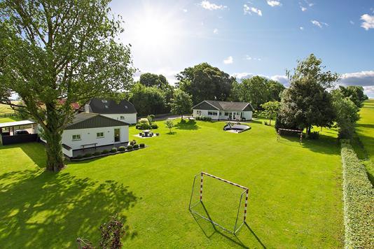 Villa på Smedeskovvej i Galten - Ejendommen