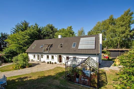 Villa på Hedevej i Galten - Set fra vejen