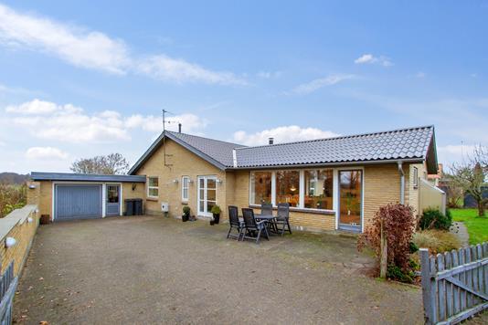 Villa på Kløvervej i Galten - Set fra vejen