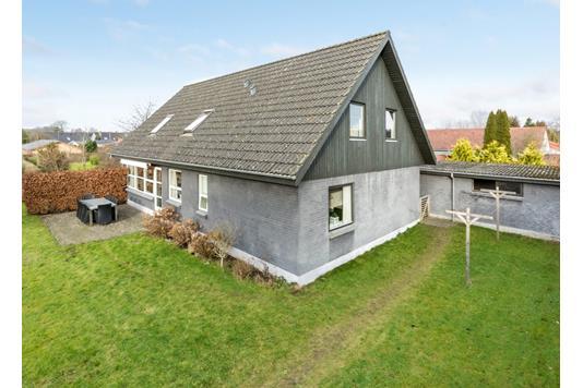 Villa på N P Schølersvej i Hammel - Andet