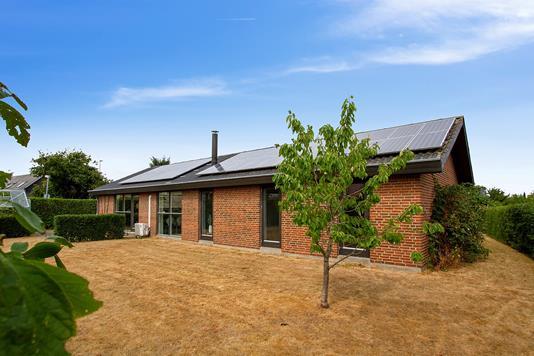 Villa på Gl Silkeborgvej i Låsby - Set fra haven