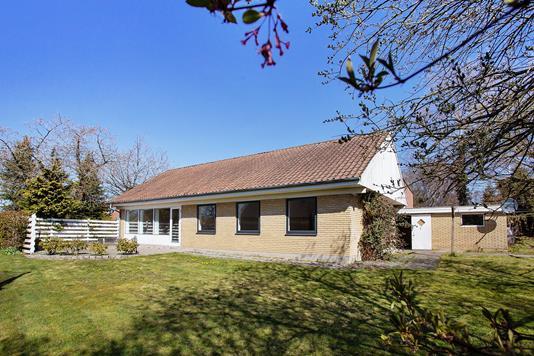 Villa på Præstdam i Galten - Set fra haven