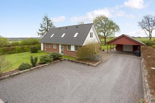 Villa på Hygumvej i Jelling - Ejendommen