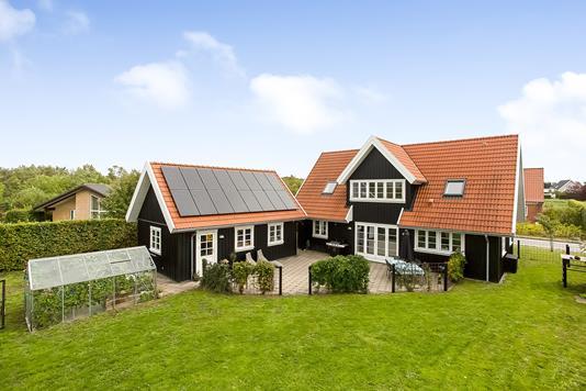 Villa på Pilelunden i Jelling - Ejendommen